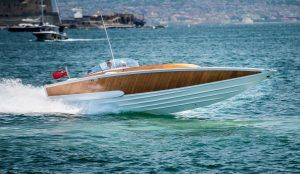 Gianni Agnelli's 55-knot custom speedboat going up for auction