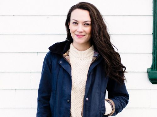 Long-time blogger and influencer 'Carly the Prepster' shares how she turned a creative side project into a full-time job - and made $20,000 in her first month of self-employment