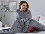 Silentnight weighted blanket that can help ease anxiety is on sale on Amazon