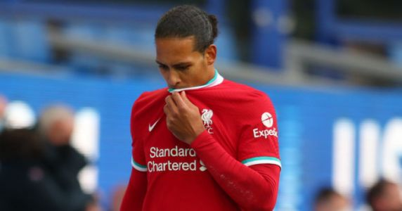 Pundit urges misfiring Liverpool star to seek legend's counsel