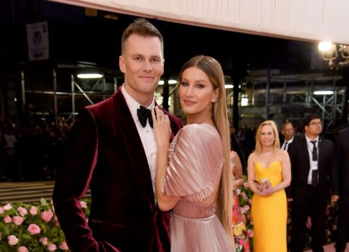 Tom Brady moves into Derek Jeter's $14M Tampa mansion after signing $50M contract with Buccaneers