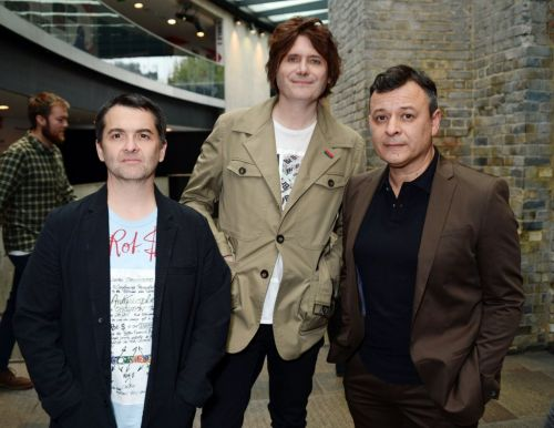 Manic Street Preachers announce free gig for 'amazing and brave' NHS staff amid coronavirus crisis
