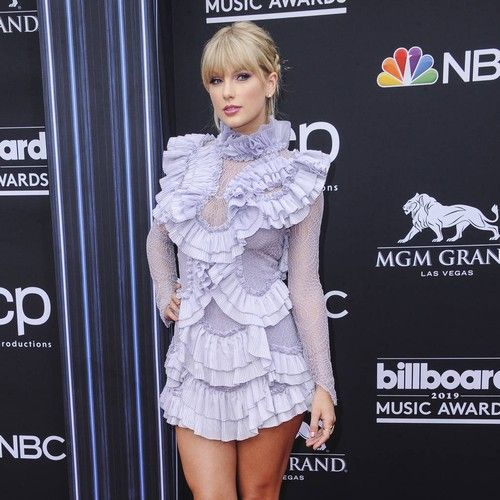 Taylor Swift 'much lighter' now she's no longer feuding with Katy Perry