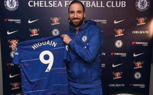 Chelsea complete loan deal for Juventus striker Gonzalo Higuain until end of season