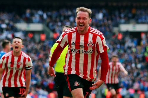 Aiden McGeady transfer latest as Sunderland put Scottish clubs on standby over January move