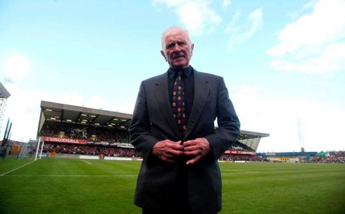 Former Manchester United and Northern Ireland goalkeeper 'hero of Munich' Harry Gregg dies