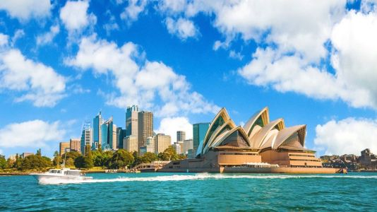 Emirates launches sale on Australia and New Zealand routes
