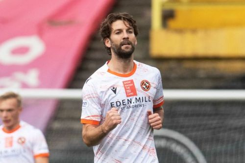 3 talking points as Charlie Mulgrew sends soaring Dundee United joint top of the Scottish Premiership