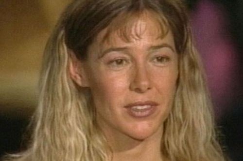 Controversial teacher Mary Kay Letourneau who married student dies of cancer