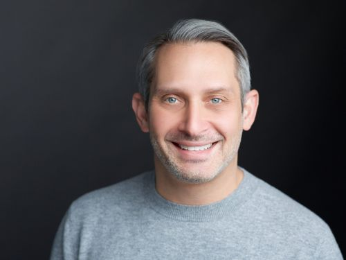 Personal finance app Dave just hired one of the lead executives behind the Apple Card, and he's already thinking about new features the startup can roll out
