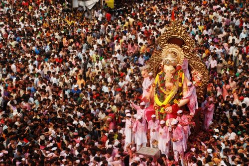 Top 6 Indian Festivals to experience