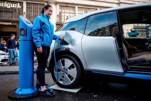 'Get a grip' - Ban on petrol and diesel cars must be brought forward to 2032 - but first we need more charge points