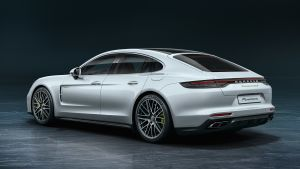 New Porsche Panamera Turbo S E-Hybrid revealed with 690bhp