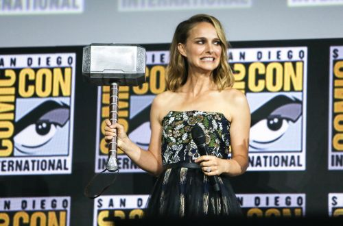Marvel fans react to Natalie Portman announced as female Thor