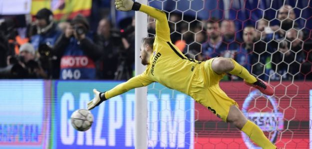 Chelsea make world class goalkeeper number one priority signing this summer