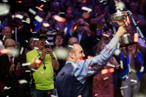 Mark Williams reflects on 'best year of his life' after winning the World Snooker Championship