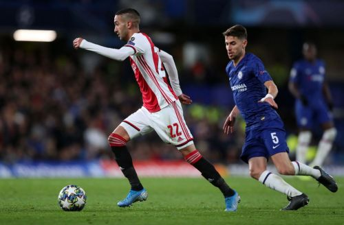 Hakim Ziyech subbed off at half time in first game since Chelsea transfer arranged