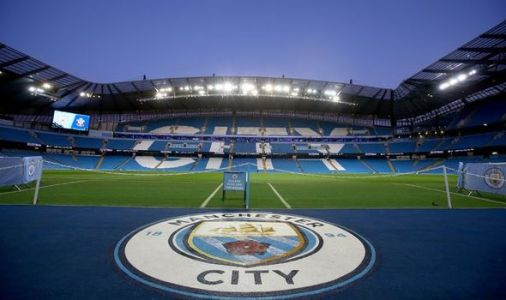 Man City vs Man Utd LIVE: Team news, line ups confirmed, Manchester derby latest updates