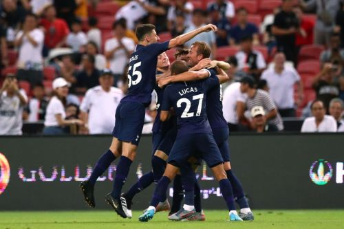 Harry Kane scores from halfway line to earn Tottenham late victory over Juventus