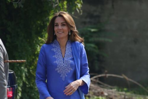 Kate Middleton wears classic blue kurta for school visit on Pakistan tour