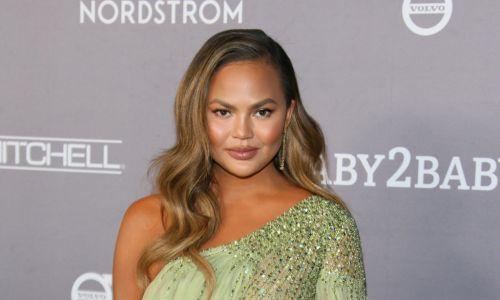 Chrissy Teigen receives mixed response over public apology for trolling: 'She's only sorry she's been exposed'