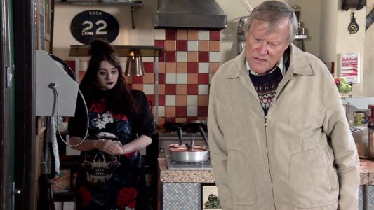 Coronation Street spoilers: Roy Cropper supports Nina amid her new venture
