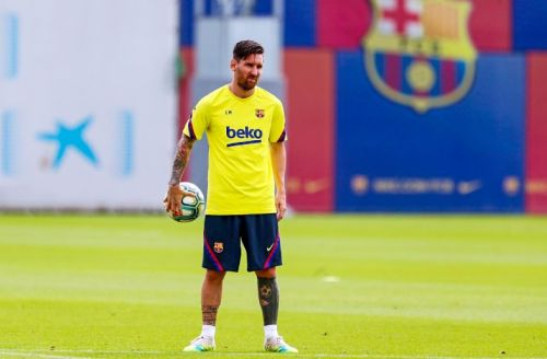 Barcelona presidential candidate issues threat to PSG over Lionel Messi transfer talk