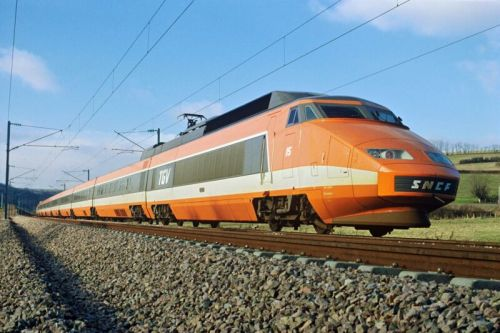 The train that shrunk France. and Europe