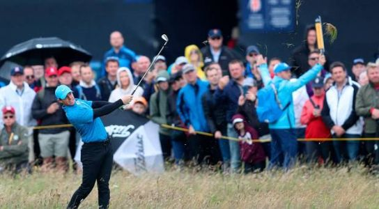 The Open: Updates as McIlroy suffers nightmare first hole but Clarke and McDowell make swift starts at Royal Portrush