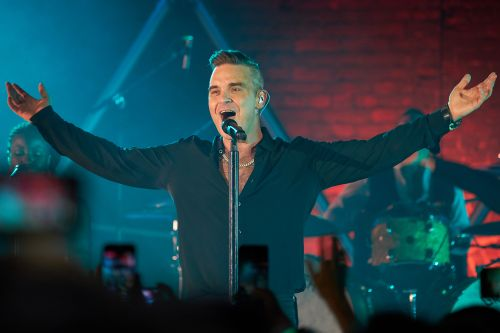 Robbie Williams confirms second Las Vegas residency and let him entertain you already