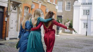 You can now rent bridesmaids dresses online