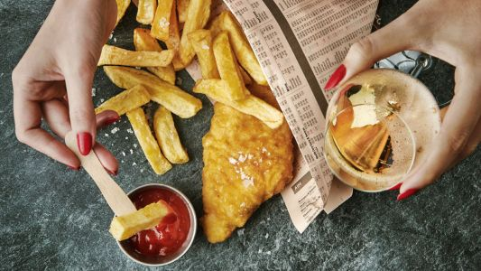 Fish, chips and bubbles: pairing champagne with classic takeaway food