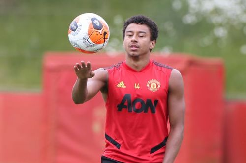Jesse Lingard transfer latest as Man Utd midfielder left to decide his own fate