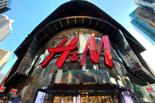 H&M confirms plans to close 250 stores next year