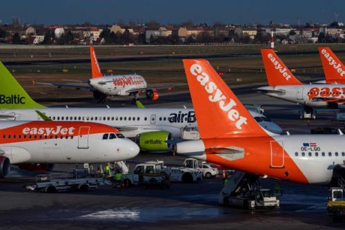 EasyJet grounds all flights due to coronavirus pandemic