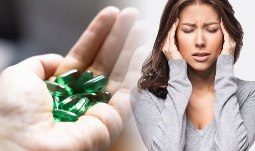 Vitamin B12 deficiency symptoms: Three feelings in the body that can signal lack of B12