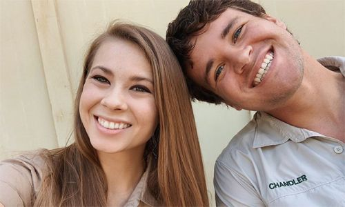 Bindi Irwin reveals the thoughtful wedding gift she received from a Hollywood star