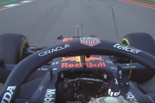 """Max Verstappen gives """"idiot"""" Lewis Hamilton the finger in fiery US GP practice session"""