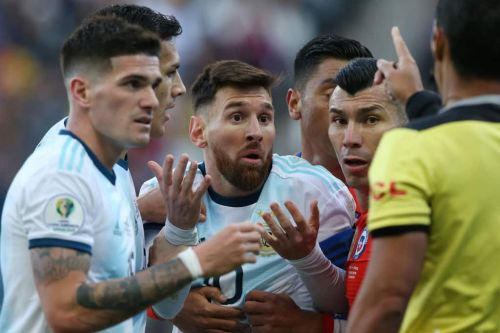 Messi takes aim at match official as Argentina earn narrow 1-0 win against Peru