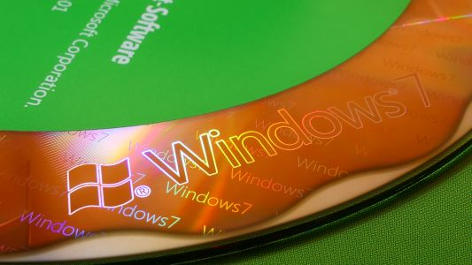 Even in death, Windows 7 can't escape Microsoft's buggy updates