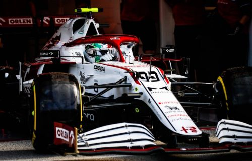 Alfa future uncertainty 'not ideal' for Giovinazzi