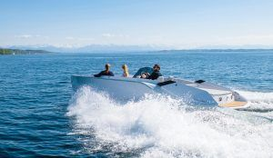 740 Mirage: Frauscher launches electrifying new sportsboat