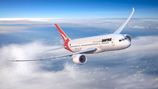 Qantas' Boeing Dreamliner to make first ultra long-haul research flight on Friday