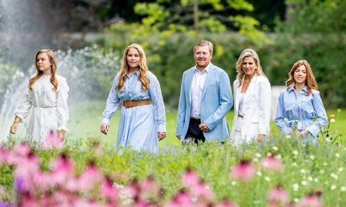 Dutch royals forced to cut short holiday in Greece over criticism