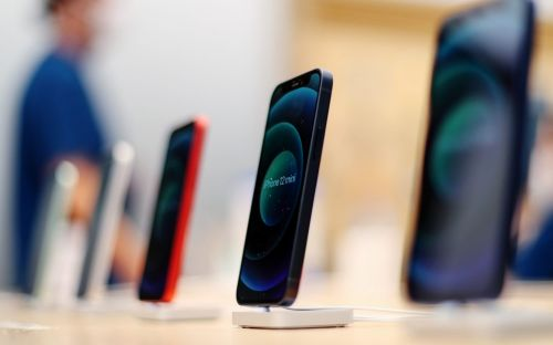 Best Carphone Warehouse Black Friday deals: Top 2020 offers on Apple iPhone 12, Google Pixel 4A and mobile phone contracts this weekend