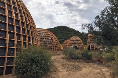 Kanye West tried to build 'Star Wars'-inspired domes for the homeless, but LA officials just forced him to tear them down