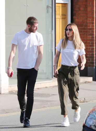 De Gea puts gaffe behind him by taking stunning fiance for lunch in £160k Aston Martin