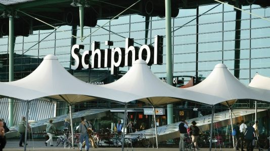 'Core Schiphol' operating with just three piers