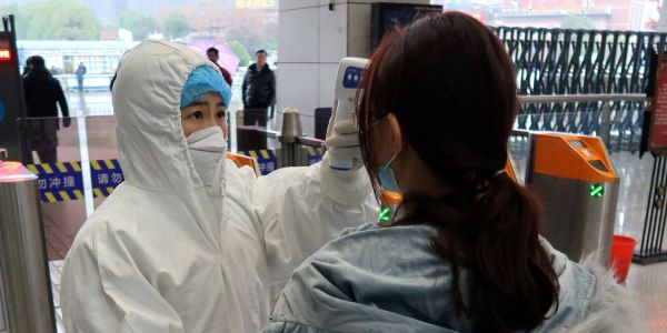 The US government will reportedly evacuate its diplomats and citizens from Wuhan on a chartered plane amid the coronavirus outbreak