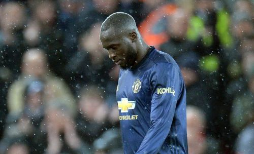 Alan Shearer slams Romelu Lukaku for being 'bullied' by Virgil van Dijk in Manchester United's defeat to Liverpool